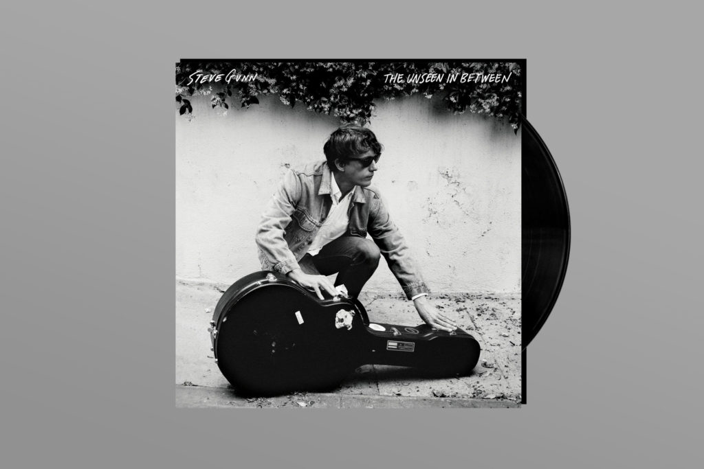 ALBUM REVIEW: Steve Gunn Broadcasts Mixed Signals on 'The Unseen In Between'